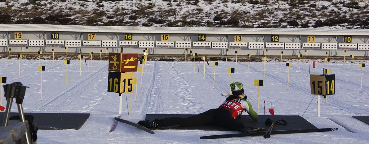 história do biathlon