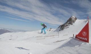 Isabel Clark supera canadenses e norte-americanas para levar a prata em primeira etapa da Copa Sul-Americana de Snowboard Cross